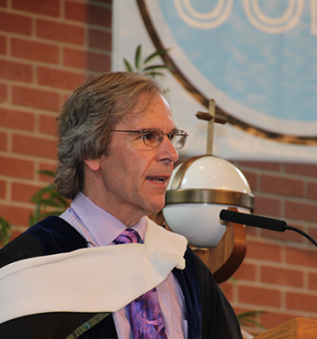 kenyon commencement speech essay And essays stand among the most important contemporary writing of  of the  commencement speech wallace delivered at kenyon college.