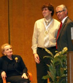 Thomas Alexander recieves the Covenant Award for Liberal Arts