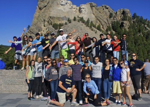 International students at Mount Rushmore.