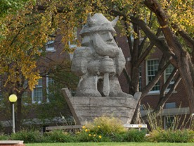 Ole Statue in the fall