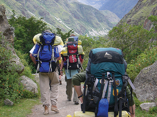 Students backpacking in Peru.