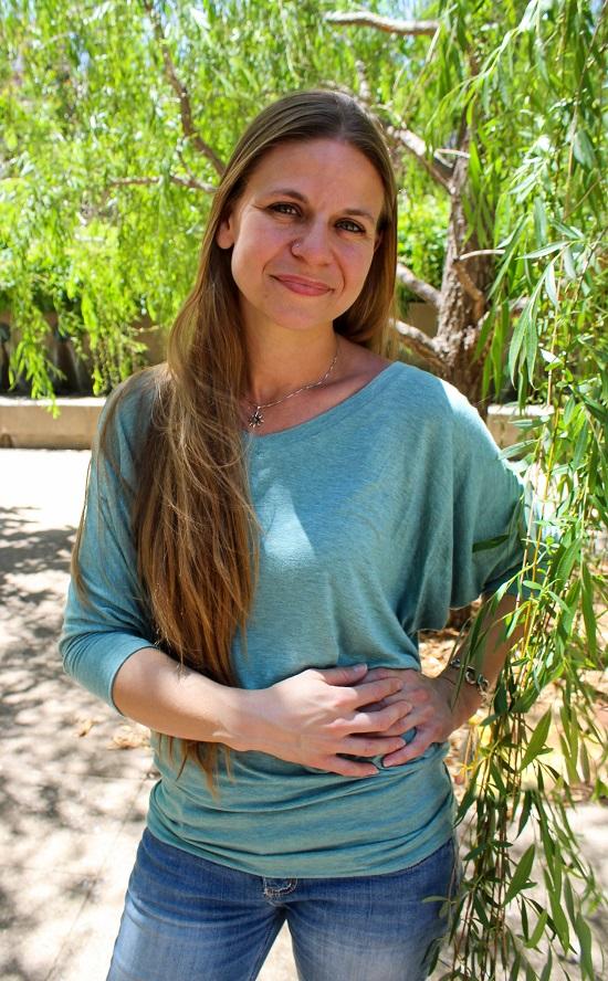 Dr. Kristin Carlson