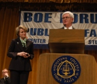 Susan Dentzer and Newt Gingrich at the Boe Forum